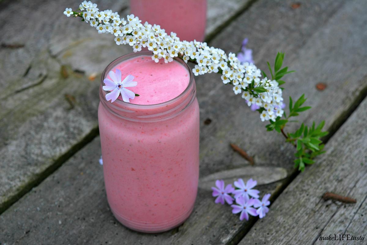 smoothie z truskawek i gruszek