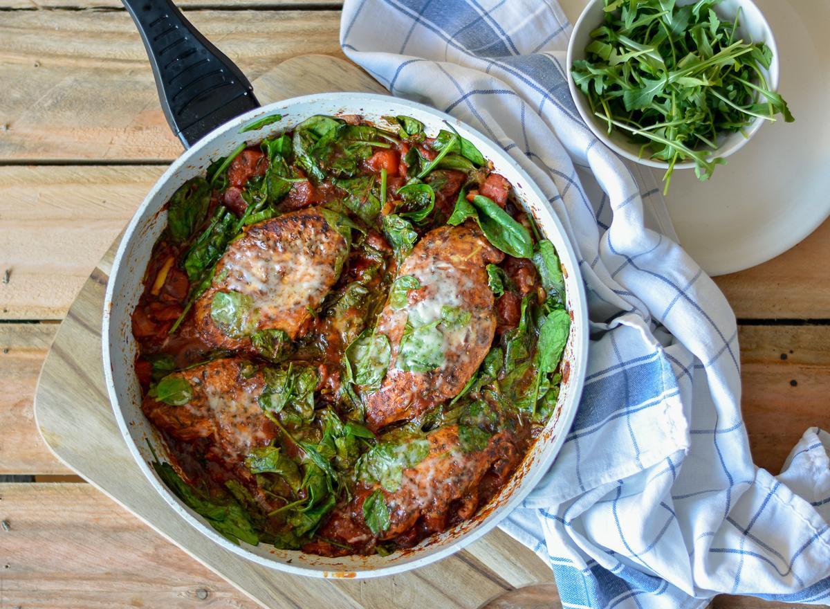 filety z kurczaka w pomidorach